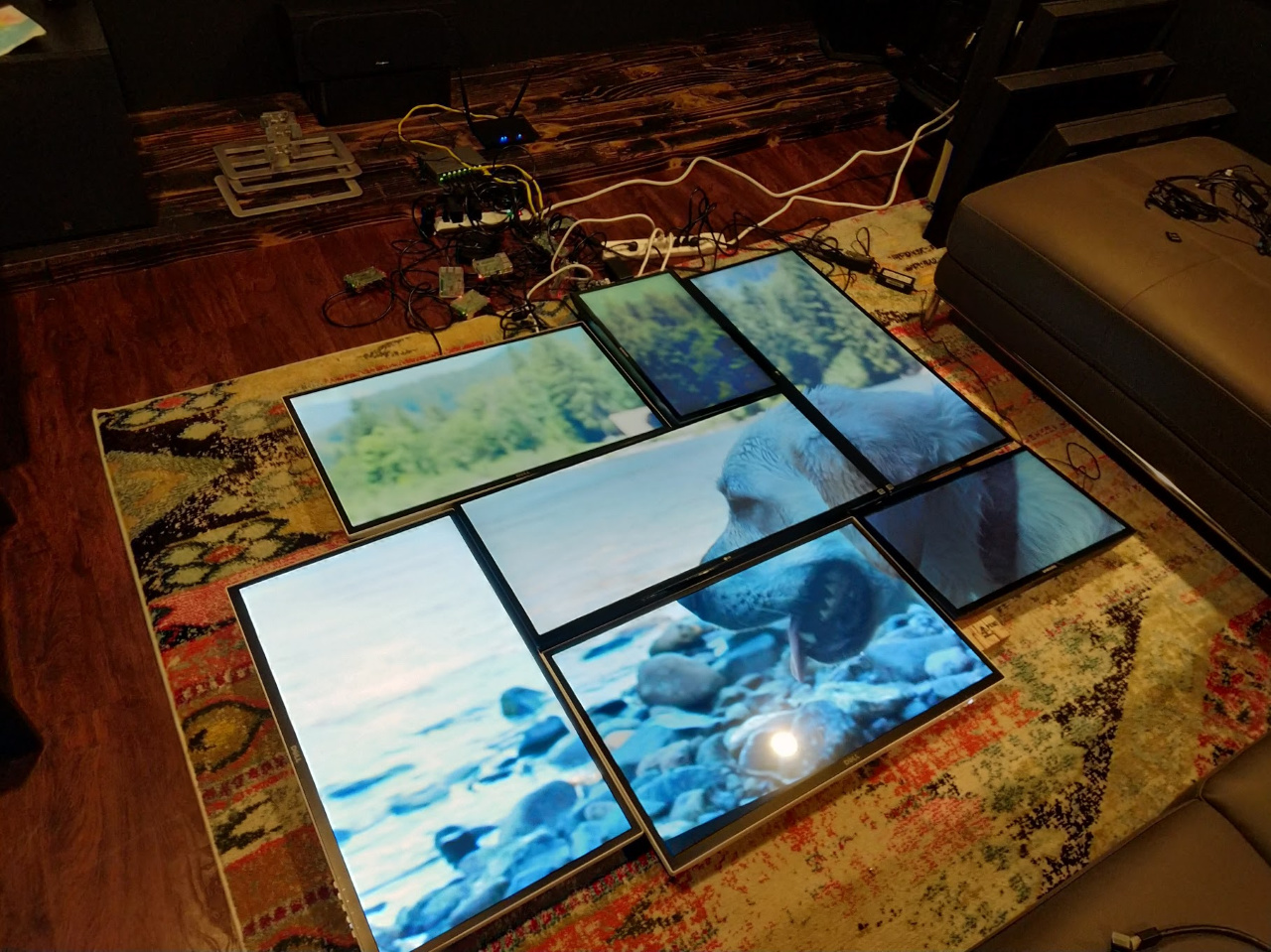 Home DIY - 7 screen videowall feature - Your info-beamer projects